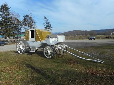 シンデレラの馬車、川湯に登場
