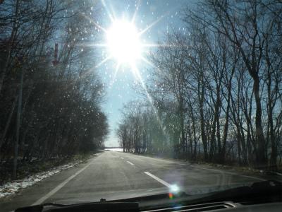 能取湖東側の道