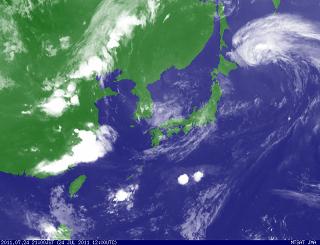 気象衛星 201107242100-00