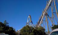 志摩スペイン村・ピレネー (懸垂式ジェットコースター)