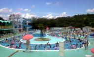 2012-08-16 12:00 ごろの流水プール
