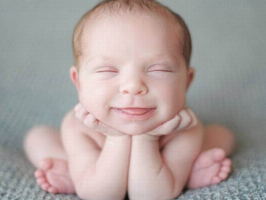 Very funny baby wallpapers 02
