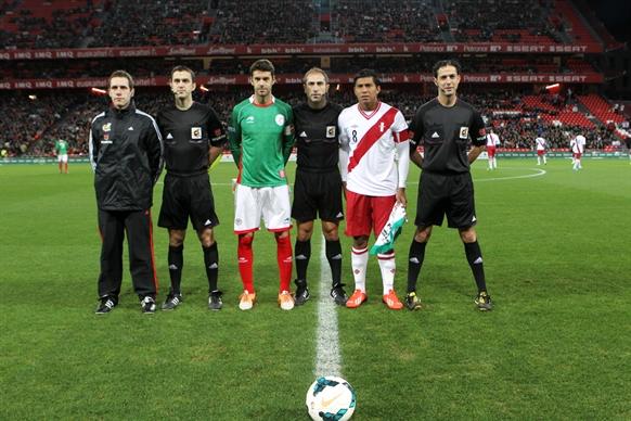 20131228バスク対ペルー (16)