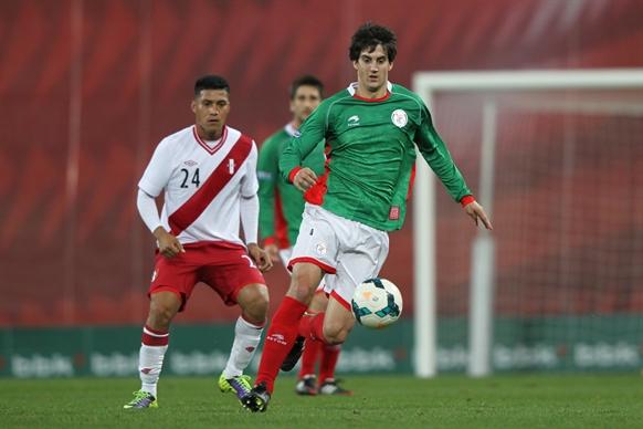 バスク対ペルー (52)