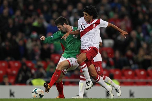 バスク対ペルー (53)