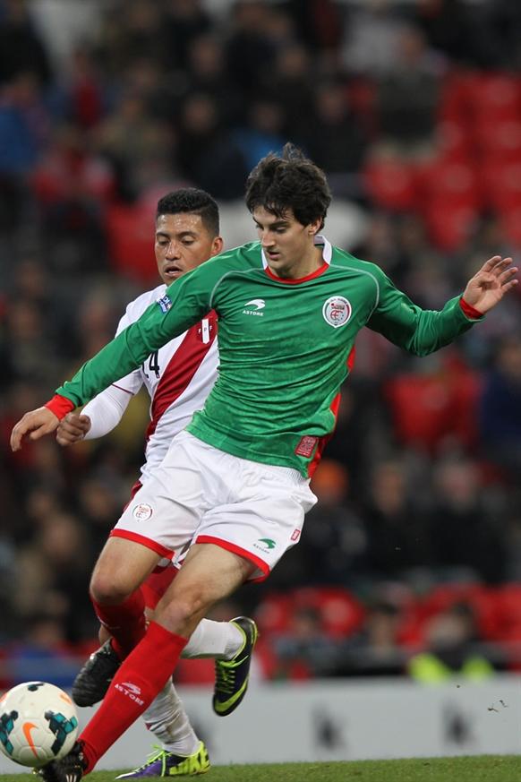 バスク対ペルー (56)