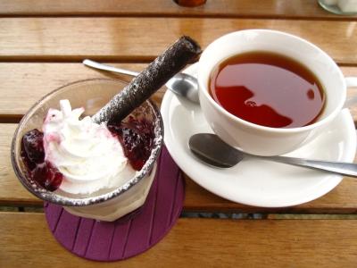 最後のデザートと紅茶。