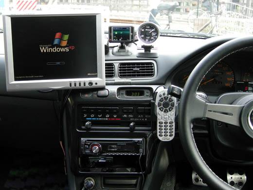 car_lcd3_02.jpg