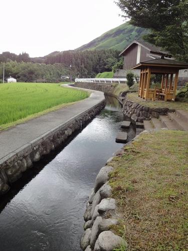 220809 塩井社水源1