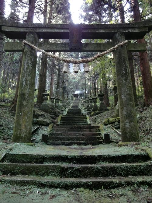 221106 上色見熊野座神社10