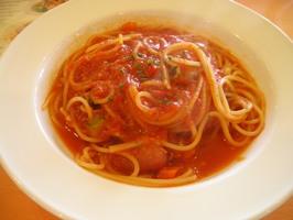 私のメイン ソーセージと野菜いっぱいのトマトソース