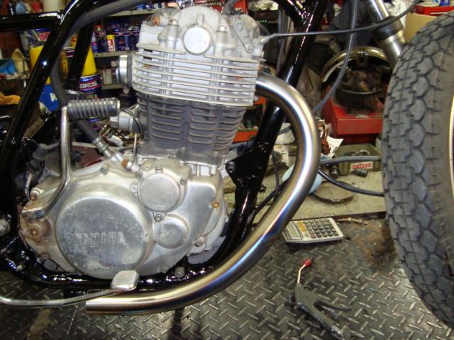 SR400マフラー2