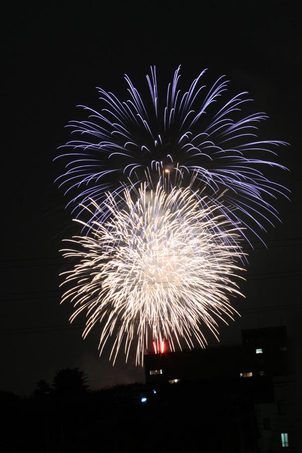 2011年 朝霞の花火