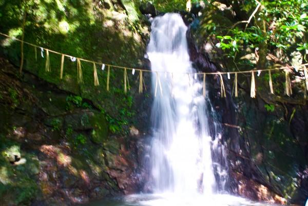 滝のフリー写真素材