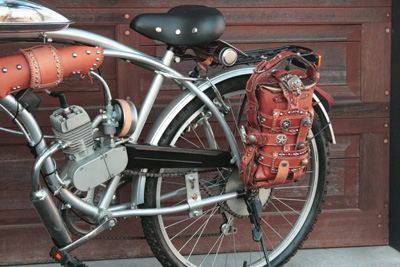 エンジン付き自転車 スチームパンク