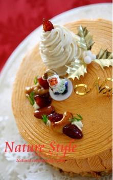 クリスマスケーキ2014半分 (221x350)