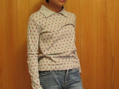 襟付きTシャツ