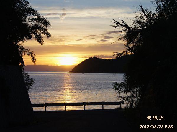 東風浜の夜明け