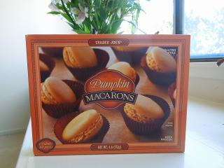 PumpkinMacarons