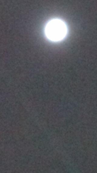moon2_R.jpg