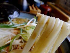 十 カレー麺 .