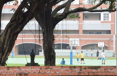 141030 学校の校庭