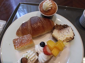 ikebukuro-all-day-dining-cross-dine9.jpg