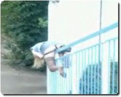 shes riding that rail