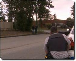 Dog attacks Burnaby cop mid-arrest