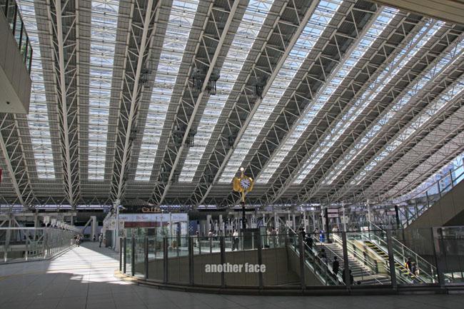 0710-Osaka station5