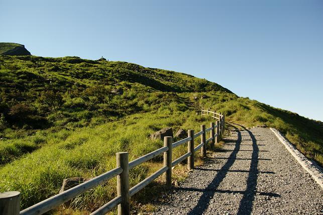 硫黄山登山道