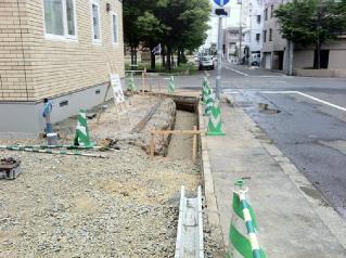 塀の根掘り