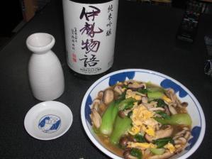 いり卵と青梗菜、しめじの炒め煮
