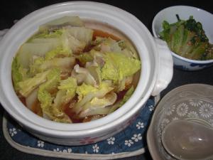 豚バラ肉と白菜の重ね蒸し煮と胡麻和え