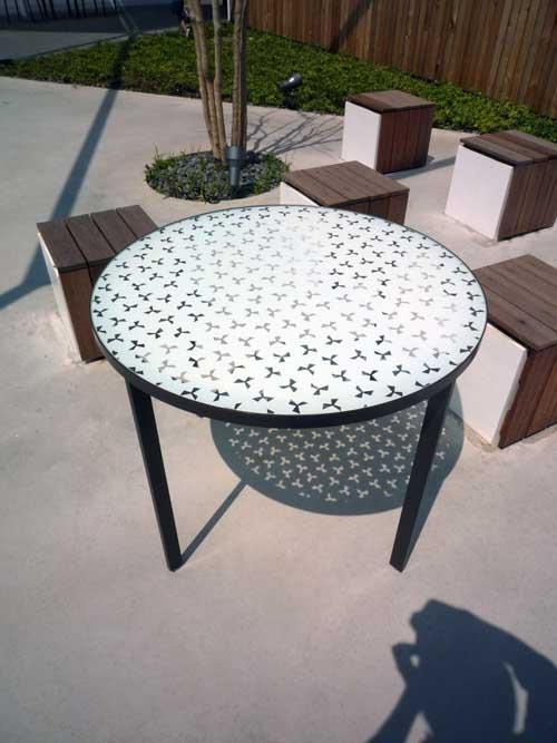 影テーブル1