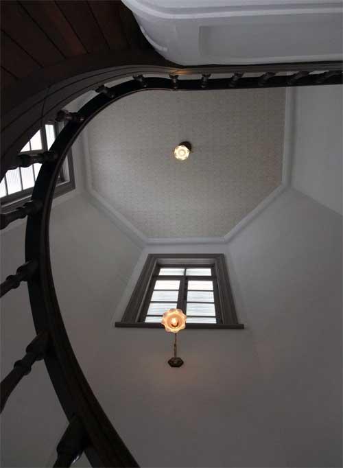 明治期の螺旋階段1