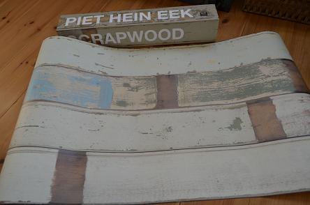 SCRAPWOOD壁紙