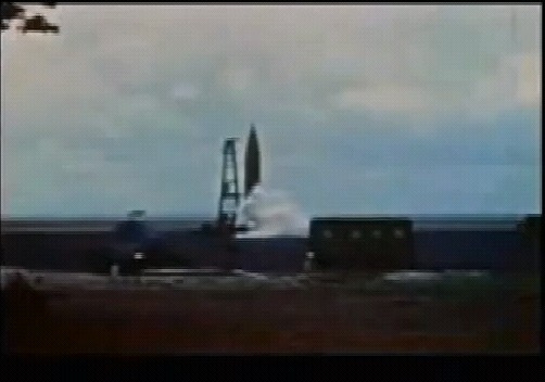 世界初の弾道ミサイルⅤ2、「着陸する星を間違えた」ロケットは、多くの人を殺め、町並みを瓦礫に変えた世界初の弾道ミサイルⅤ2、「着陸する星を間違えた」ロケットは、多くの人を殺め、町並みを瓦礫に変えた