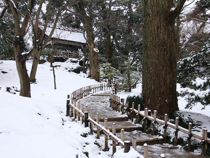 山崎山の冬(兼六園)