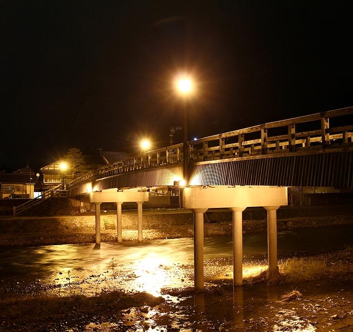 浅野川に架かる梅ノ橋の夜景