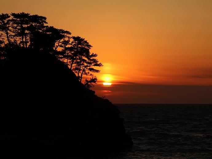 伊豆堂ヶ島 夕方の海