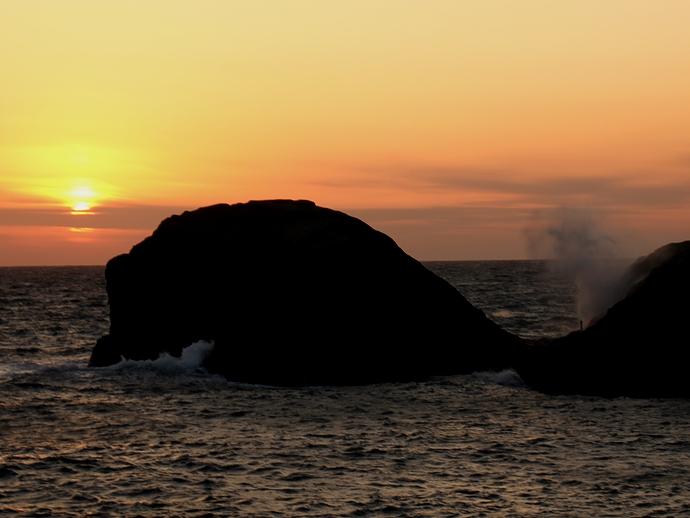 堂ヶ島 冬の夕景