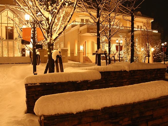 雪の積もった夜 金沢市太陽が丘