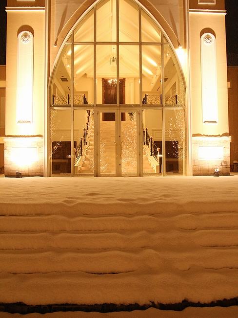 雪の夜のチャペル 金沢市太陽が丘