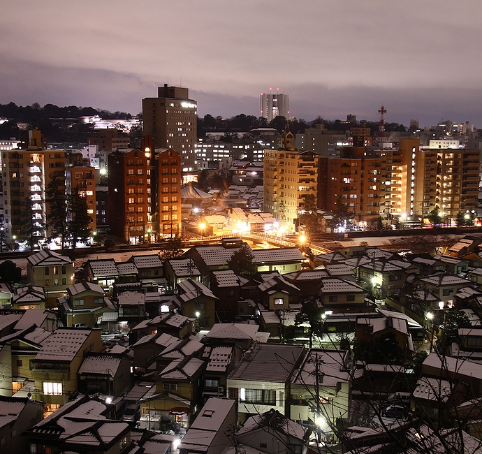 冬の金沢の夜景 卯辰山より梅ノ橋