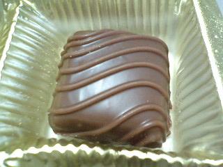 アメ横 チョコレートたたきうり  y