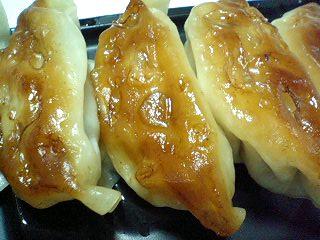 自家製焼き餃子(6個入り) ¥230  s