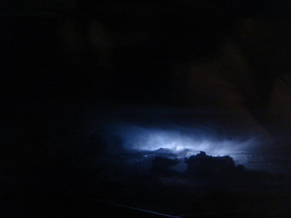 ALITALIA機内から雷を撮影