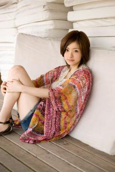 aya_ueto_aka0017.jpg