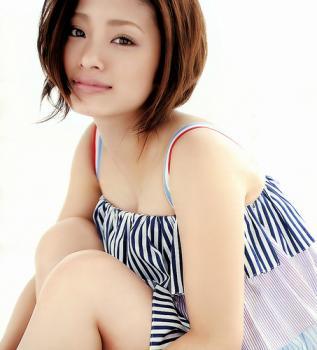 aya_ueto_room0026.jpg